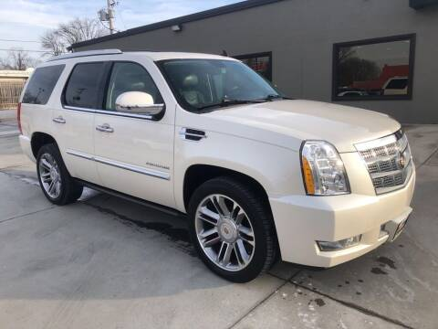 2013 Cadillac Escalade for sale at Tigerland Motors in Sedalia MO