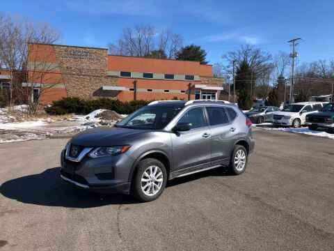 2017 Nissan Rogue for sale at DILLON LAKE MOTORS LLC in Zanesville OH