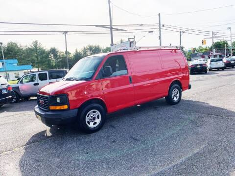2006 GMC Savana Cargo for sale at New Wave Auto of Vineland in Vineland NJ