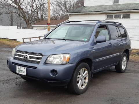 2006 Toyota Highlander Hybrid for sale at MMM786 Inc. in Wilkes Barre PA