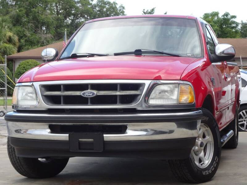 1998 Ford F-150 for sale at Deal Maker of Gainesville in Gainesville FL