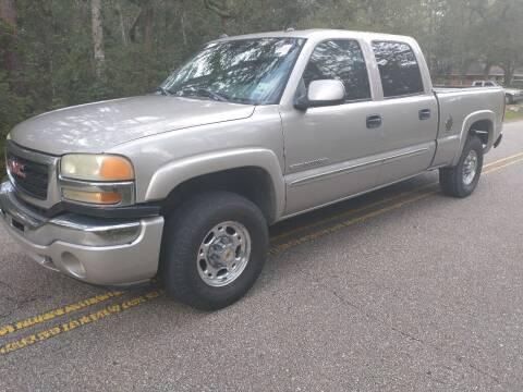 2005 GMC Sierra 2500HD for sale at J & J Auto of St Tammany in Slidell LA