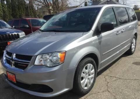 2015 Dodge Grand Caravan for sale at Knowlton Motors, Inc. in Freeport IL