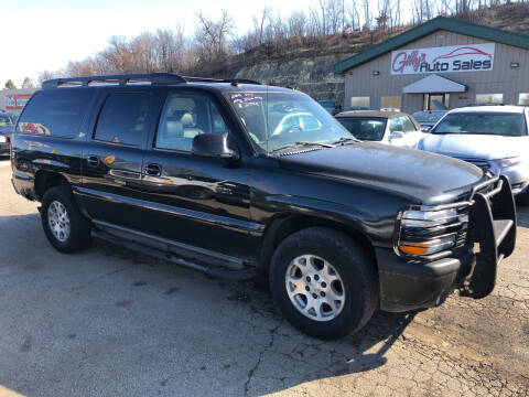 2003 Chevrolet Suburban for sale at Gilly's Auto Sales in Rochester MN