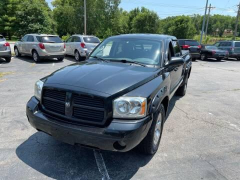 2007 Dodge Dakota for sale at Auto Choice in Belton MO