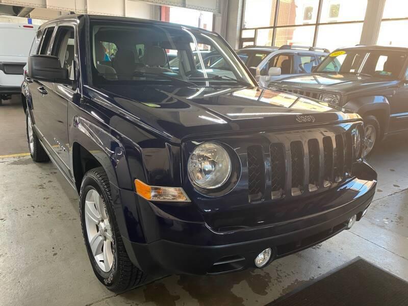 2014 Jeep Patriot for sale at John Warne Motors in Canonsburg PA