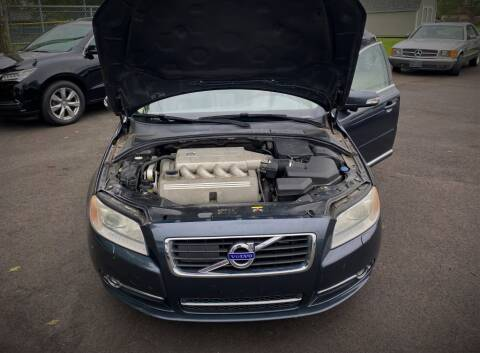 2010 Volvo S80 for sale at Queen City Classics in West Chester OH