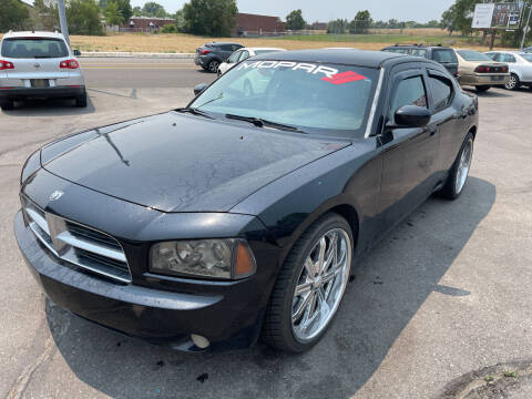 2006 Dodge Charger for sale at BELOW BOOK AUTO SALES in Idaho Falls ID