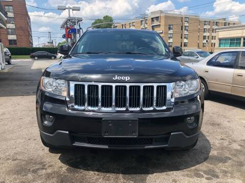 2013 Jeep Grand Cherokee for sale at OFIER AUTO SALES in Freeport NY