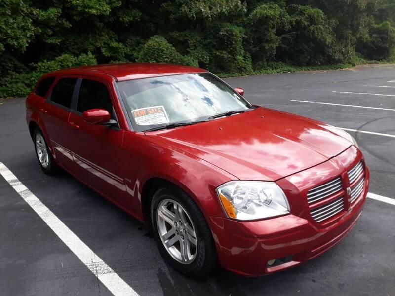 2005 Dodge Magnum for sale at JCW AUTO BROKERS in Douglasville GA