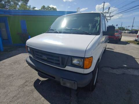 2006 Ford E-Series Cargo for sale at Autos by Tom in Largo FL