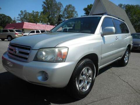 2004 Toyota Highlander for sale at Super Sports & Imports in Jonesville NC