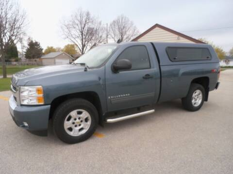 2009 Chevrolet Silverado 1500 for sale at A-Auto Luxury Motorsports in Milwaukee WI