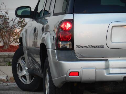 2004 Chevrolet TrailBlazer for sale at Moto Zone Inc in Melrose Park IL