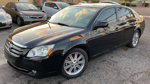 2006 Toyota Avalon for sale at 911 AUTO SALES LLC in Glendale AZ