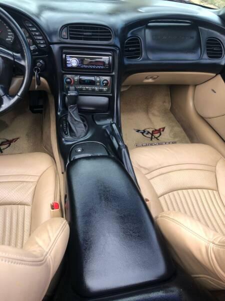 2001 Chevrolet Corvette 2dr Convertible - Bettendorf IA
