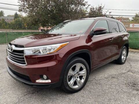 2015 Toyota Highlander for sale at CERTIFIED LUXURY MOTORS OF QUEENS in Elmhurst NY