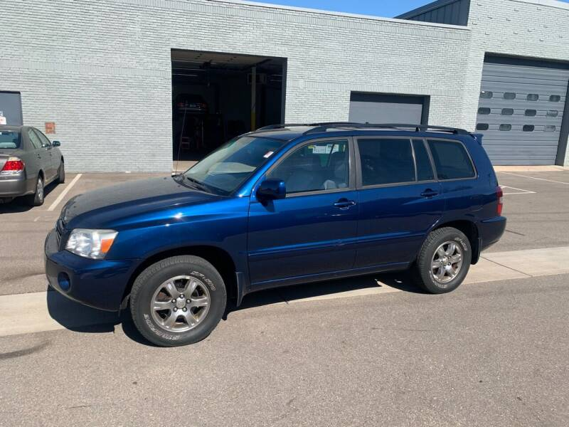 2006 Toyota Highlander for sale at The Car Buying Center in St Louis Park MN