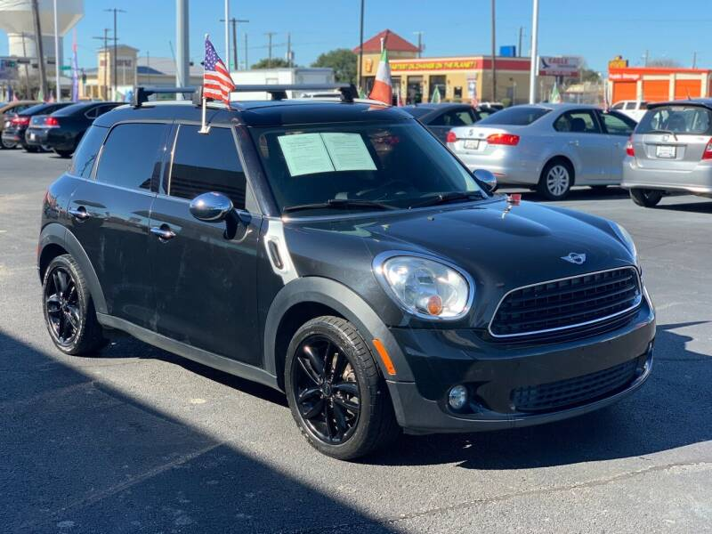 2013 MINI Countryman for sale at Traditional Autos in Dallas TX
