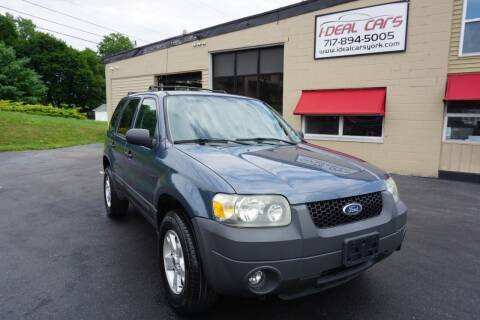 2006 Ford Escape for sale at I-Deal Cars LLC in York PA