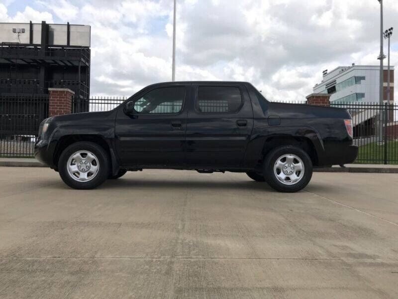 2006 Honda Ridgeline for sale at ALL AMERICAN FINANCE AND AUTO in Houston TX