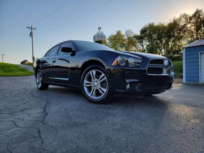 2014 Dodge Charger for sale at Sinclair Auto Inc. in Pendleton IN