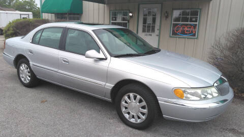 2002 Lincoln Continental for sale at Haigler Motors Inc in Tyler TX
