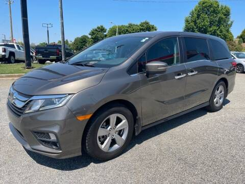 2018 Honda Odyssey for sale at Modern Automotive in Boiling Springs SC