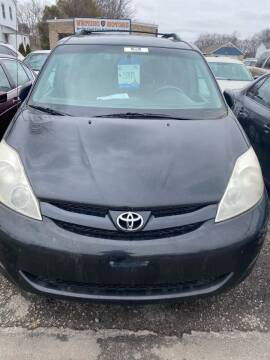 2010 Toyota Sienna for sale at Whiting Motors in Plainville CT