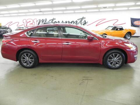 2015 Nissan Altima for sale at 121 Motorsports in Mt. Zion IL
