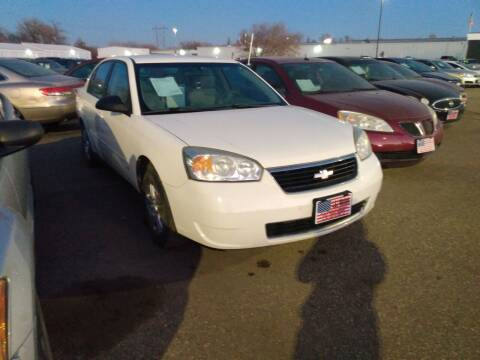 2007 Chevrolet Malibu for sale at L & J Motors in Mandan ND