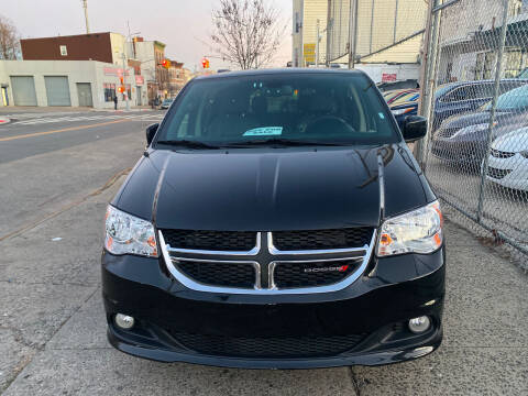 2020 Dodge Grand Caravan for sale at Luxury 1 Auto Sales Inc in Brooklyn NY