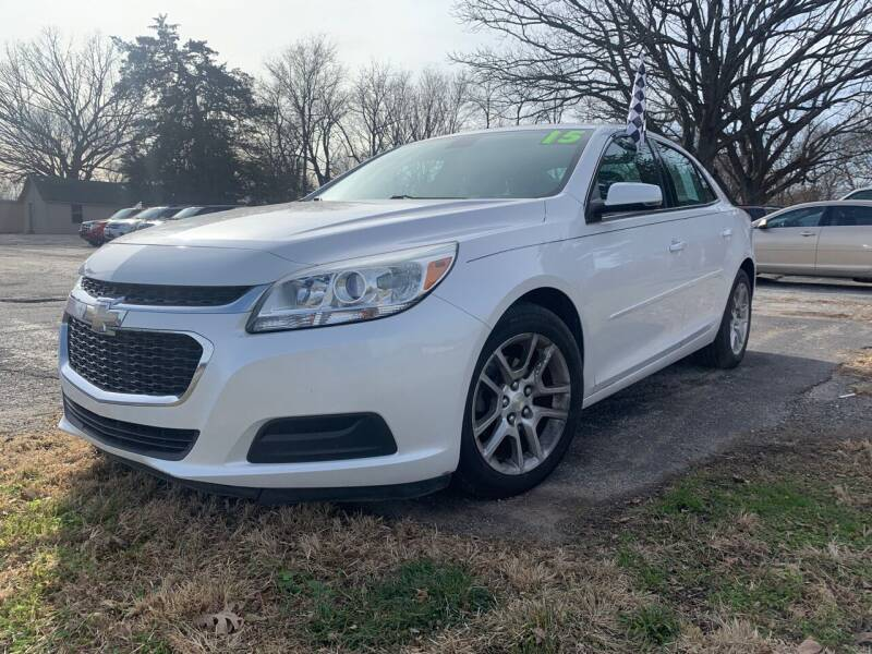 2015 Chevrolet Malibu for sale at VICTORY LANE AUTO in Raymore MO