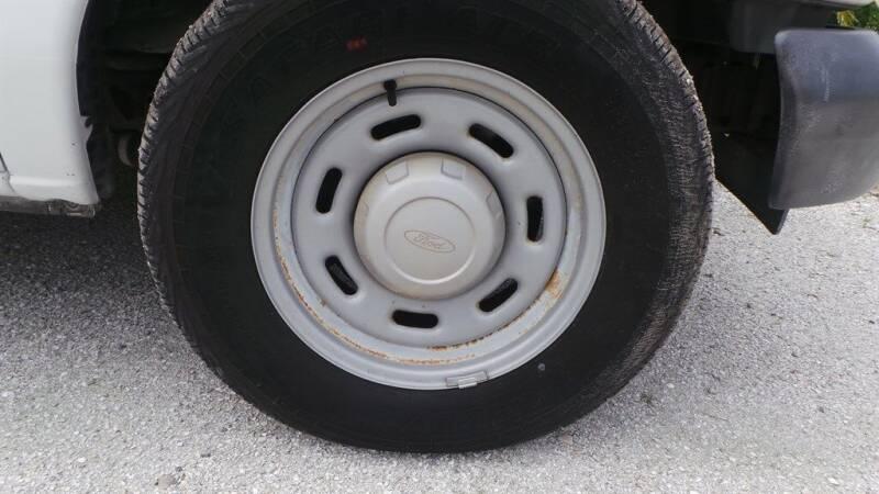 2004 Ford E-Series Cargo E-150 3dr Cargo Van - Fort Myers FL