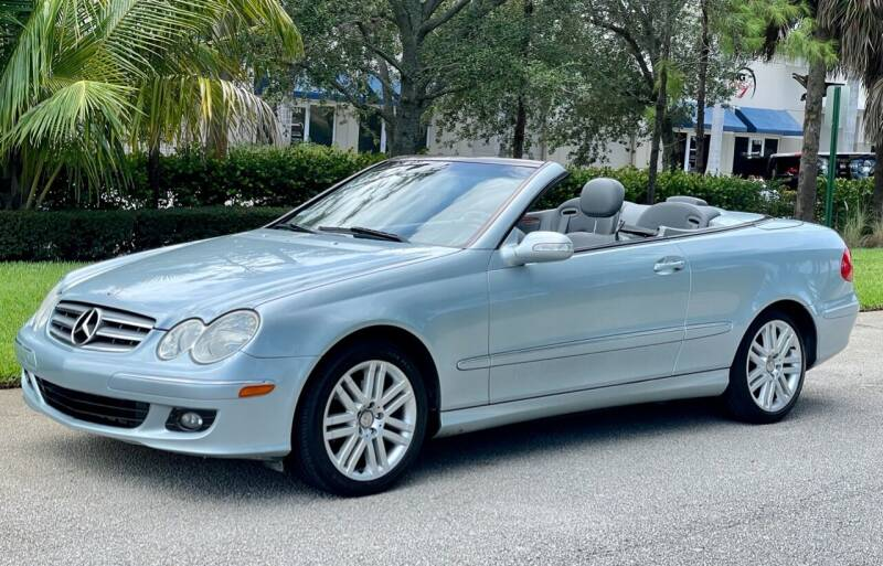 2006 Mercedes-Benz CLK for sale at VE Auto Gallery LLC in Lake Park FL