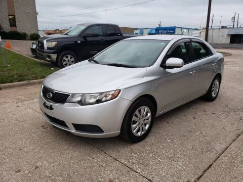 2011 Kia Forte for sale at DFW Autohaus in Dallas TX