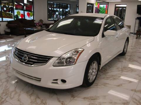 2012 Nissan Altima for sale at Dealer One Auto Credit in Oklahoma City OK