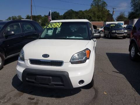 2011 Kia Soul for sale at Wheel'n & Deal'n in Lenoir NC