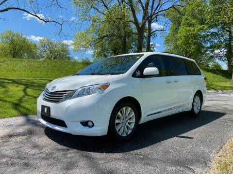 2011 Toyota Sienna for sale at Moundbuilders Motor Group in Heath OH