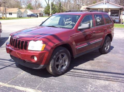 2007 Jeep Grand Cherokee for sale at LAKESIDE MOTORS LLC in Houghton Lake MI