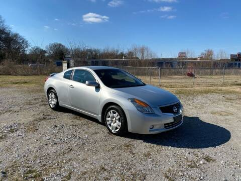 2009 Nissan Altima for sale at Tennessee Valley Wholesale Autos LLC in Huntsville AL