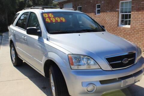 2006 Kia Sorento for sale at MITCHELL AUTO ACQUISITION INC. in Edgewater FL