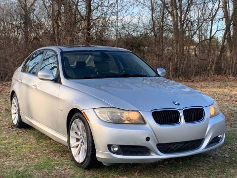 2011 BMW 3 Series for sale at Essen Motor Company, Inc in Lebanon TN
