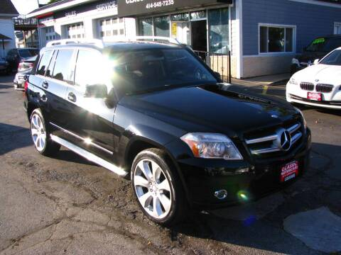 2010 Mercedes-Benz GLK for sale at CLASSIC MOTOR CARS in West Allis WI
