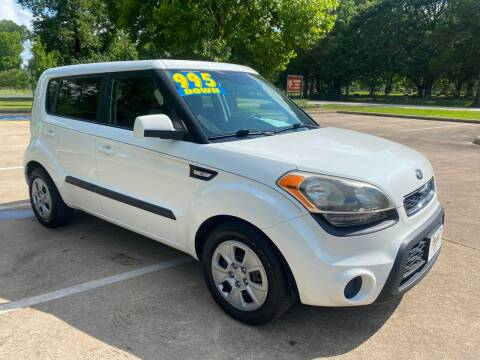 2013 Kia Soul for sale at B & M Car Co in Conroe TX
