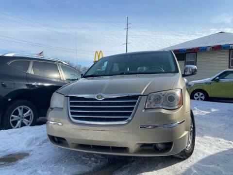 2008 Chrysler Town and Country for sale at 3M AUTO GROUP in Elkhart IN