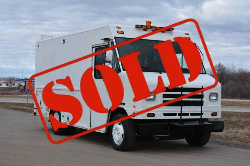2004 International 1652 for sale at Signature Truck Center - Step Van-Food Truck in Crystal Lake IL
