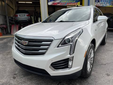 2017 Cadillac XT5 for sale at RoMicco Cars and Trucks in Tampa FL