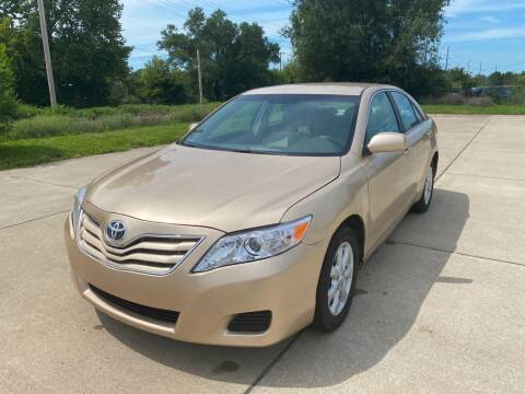2011 Toyota Camry for sale at Mr. Auto in Hamilton OH