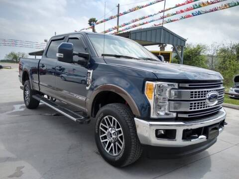 2017 Ford F-250 Super Duty for sale at A & V MOTORS in Hidalgo TX